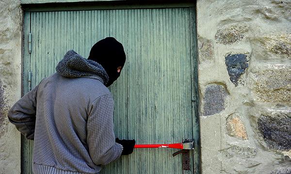 Furti in appartamento: come prevenire e come difendersi