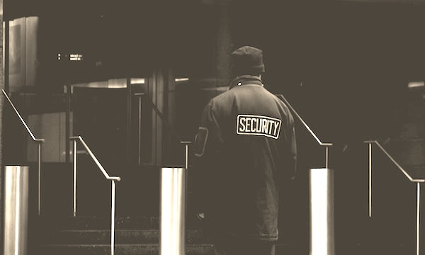 Servizio di portierato e guardiania: la vigilanza degli edifici